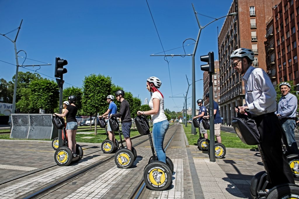 Private Budapest Short Segway Tour,Budapest city tour,Budapest short city segway city tour,Absolute Tours Budapest, Hungarian tourism,ride a Segway,Budapest tours,English speaking guide