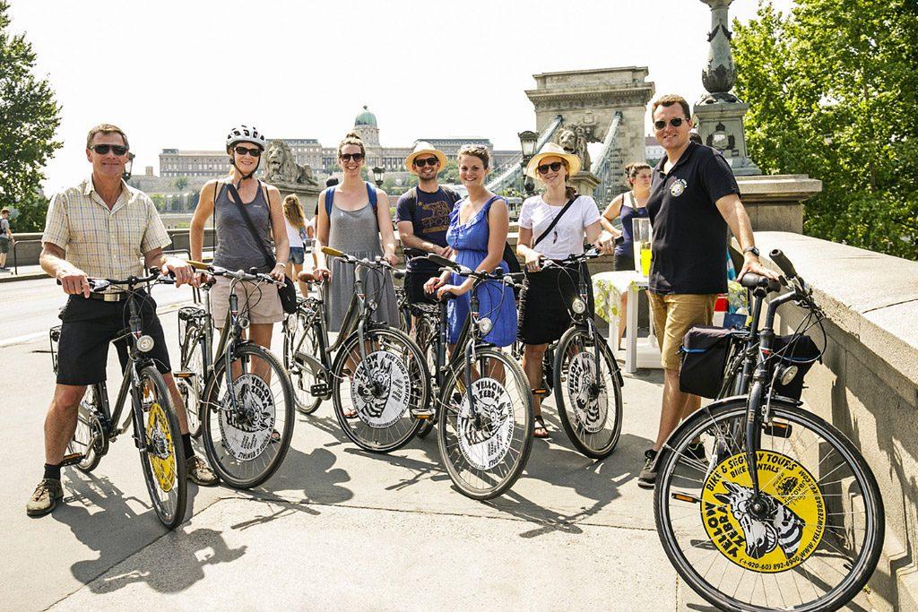 Private Yellow Zebra Budapest Bike Tour with Cafe Stop, bike tour Budapest, Absolute Tours Budapest