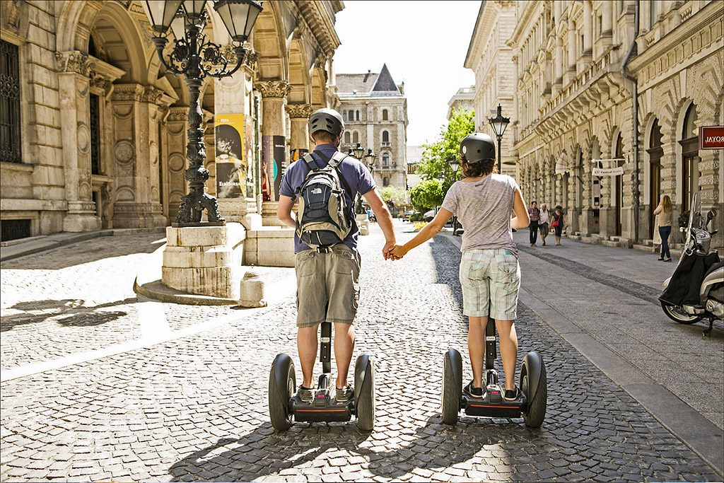 Budapest city tour,Budapest short city segway tour,Absolute Tours Budapest, Budapest city tour,Hungarian tourism,ride a Segway,Budapest tours,English speaking guide