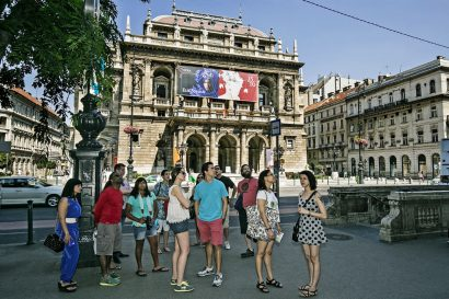 Budapest and Hungarian History tour,Absolute tours Budapest,guided tours Hungary
