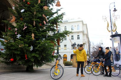 Absolute winter bike tour, winter bike tour, absolute budapest, winter in Budapest, winter biking, cycling in winter