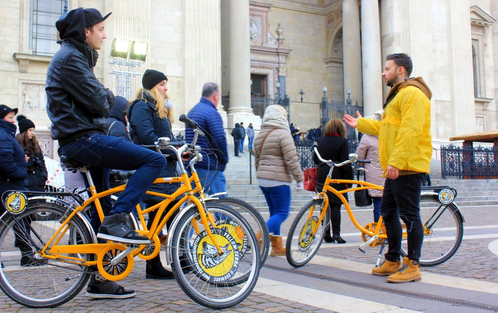 Absolute winter bike tour, winter bike tour, absolute budapest, winter in Budapest, winter biking, cycling in winter