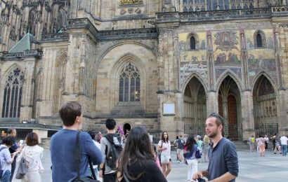 Private Prague Castle Walking Tour with Entry